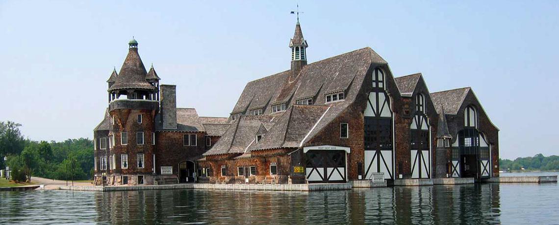 Yacht House