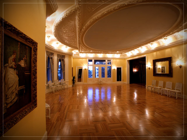 The ballroom of Boldt Castle in Alexandria Bay, Thousand Islands, NY.