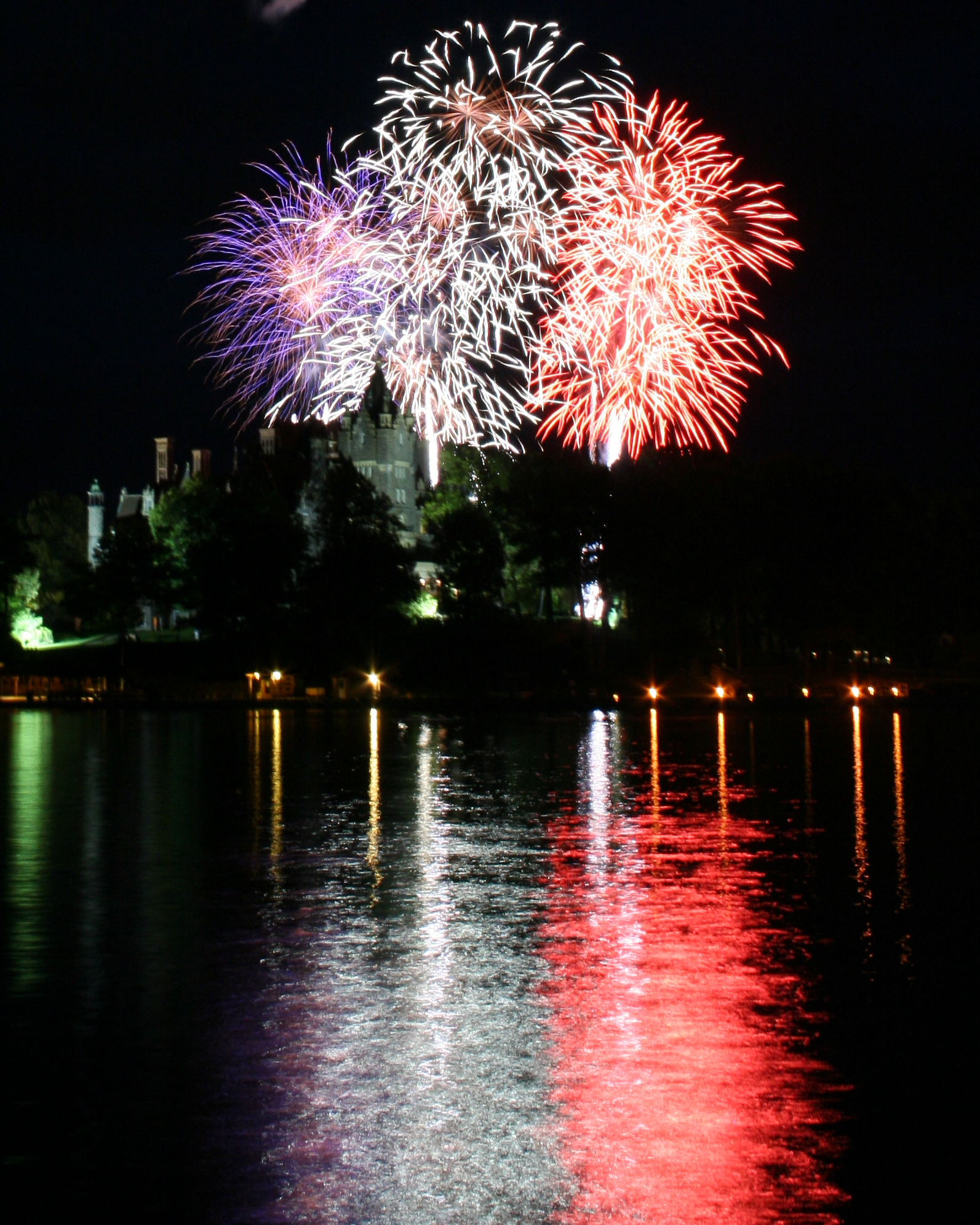 Independance Day Fireworks over Boldt Castle